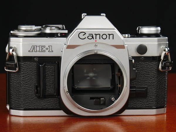 Front view of Canon AE-1 without a lens on the FD mount.