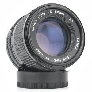 Canon 100mm f/2.8 FD Mount Camera Lens
