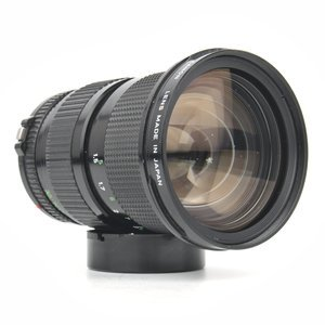 Canon 35-105mm f/3.5 Zoom Lens