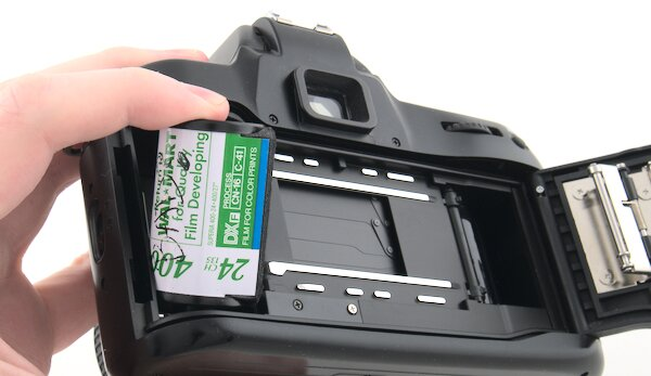 Nikon N70 remove 35mm film canister